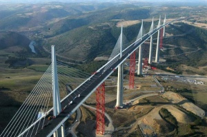 most-amazing-bridge-in-the-world-millau-viaduct